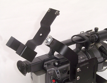 Focus Flash Recorder on Threaded Cold Shoe Adapter